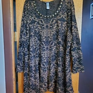 Lovely long sleeve tunic lace
